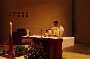 5、松浦神父、ミサ上達